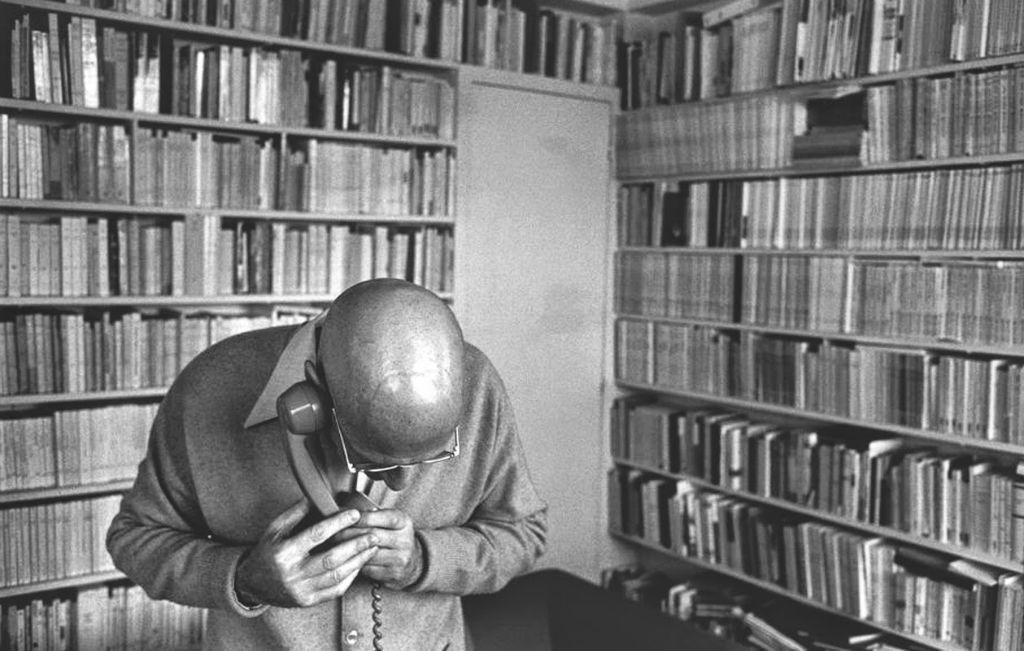 • Michel Foucault- el sujeto y su derecho al secreto